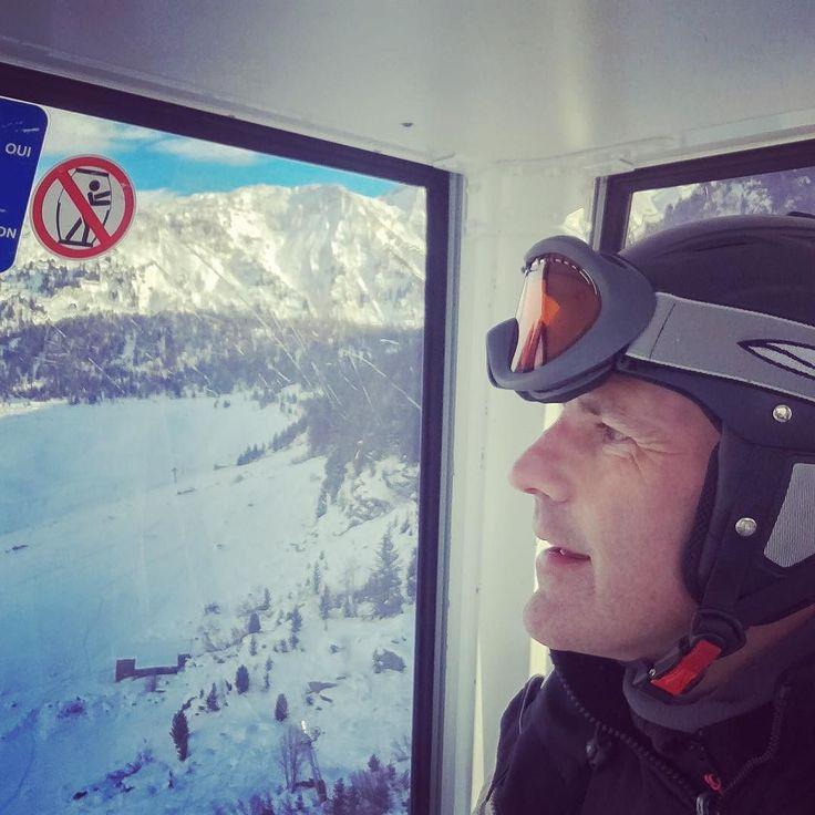 Taking the #portettahotel 'bubble' gondola lift up from @portettahotel - my skiing isn't as proficient as my après ski eating & drinking; but I'm working on it  . . . #Courchevel #portetta #ski #snow #hotels #gondola #cablecar #luxurynavigator #wintersports #instagood #instaski #instafrance #frenchalps #alps #travel #instatravel #instapassport #travel #france #alpine