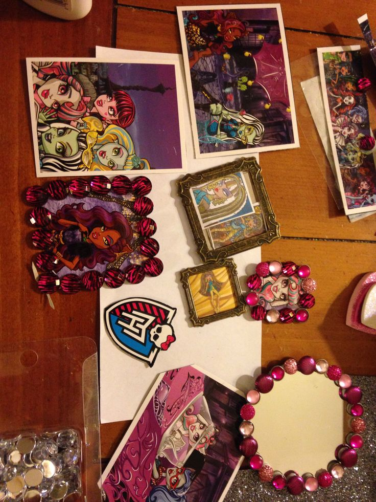 11 best monster high dollhouse images on pinterest for Dollhouse mural