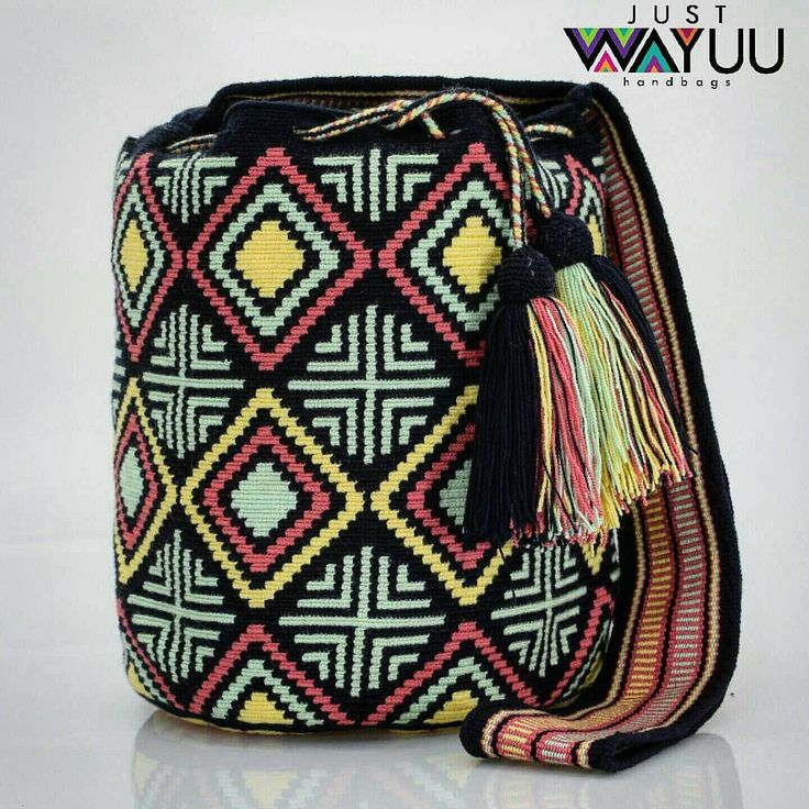 "247 Beğenme, 4 Yorum - Instagram'da Just Wayuu (@just.wayuu): ""Unique design and the best part is that was made with love for you. Single thread Thecnique.…"""