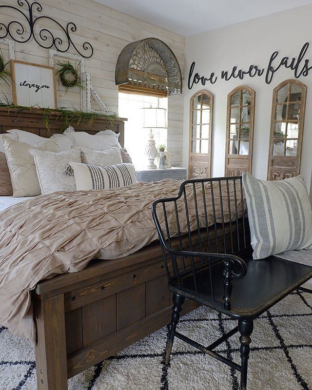 Pin By Christine Naylor On Interior Home Designs Farmhouse Bedroom Decor Master Bedrooms Decor Rustic Master Bedroom