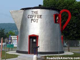 The Coffee Pot - Bedford, PA  Lincoln Highway 200-Mile Roadside Museum
