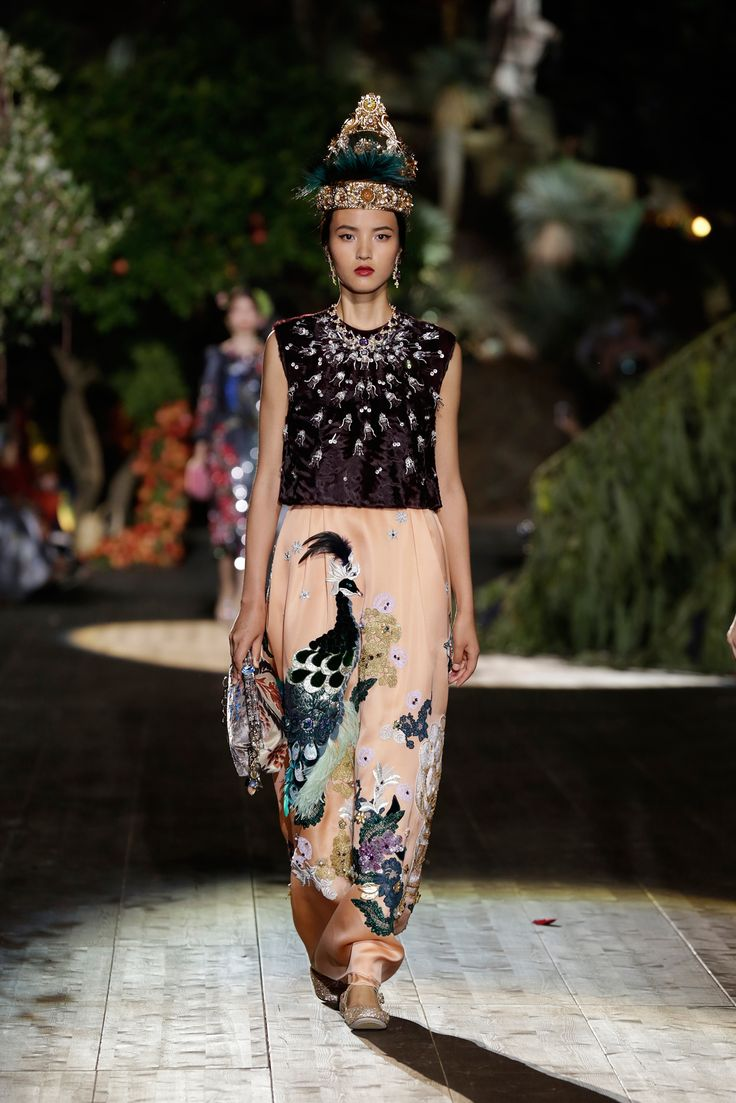23 best images about dolce gabbana haute couture on for Alta couture