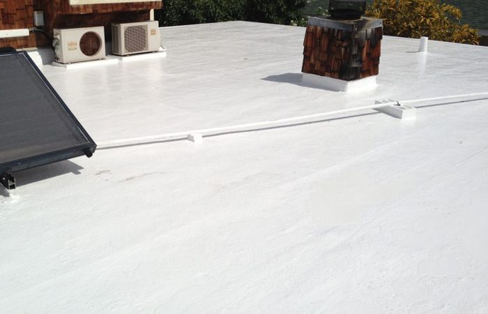 Are You Looking Forward For A Flat Roofing Expert In New York In Low Rates We Are Here To Grab Your Hand In The Time O Roofing Roof Repair Roofing Contractors