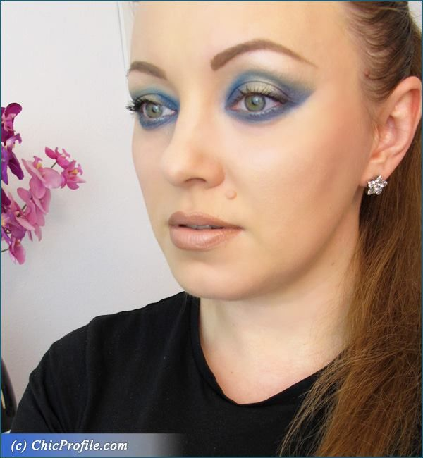 Aquatic Makeup Look for Summer