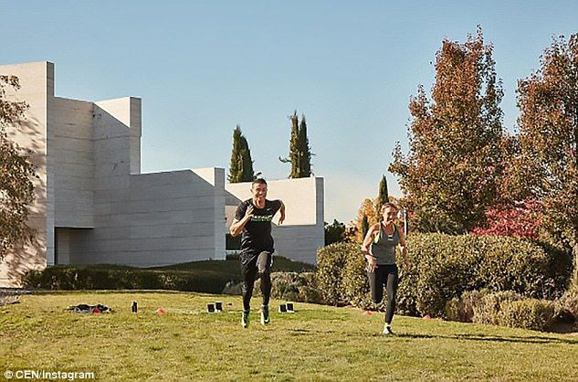 Ronaldo works on his fitness with former British Olympic sprinter Samantha Clayton