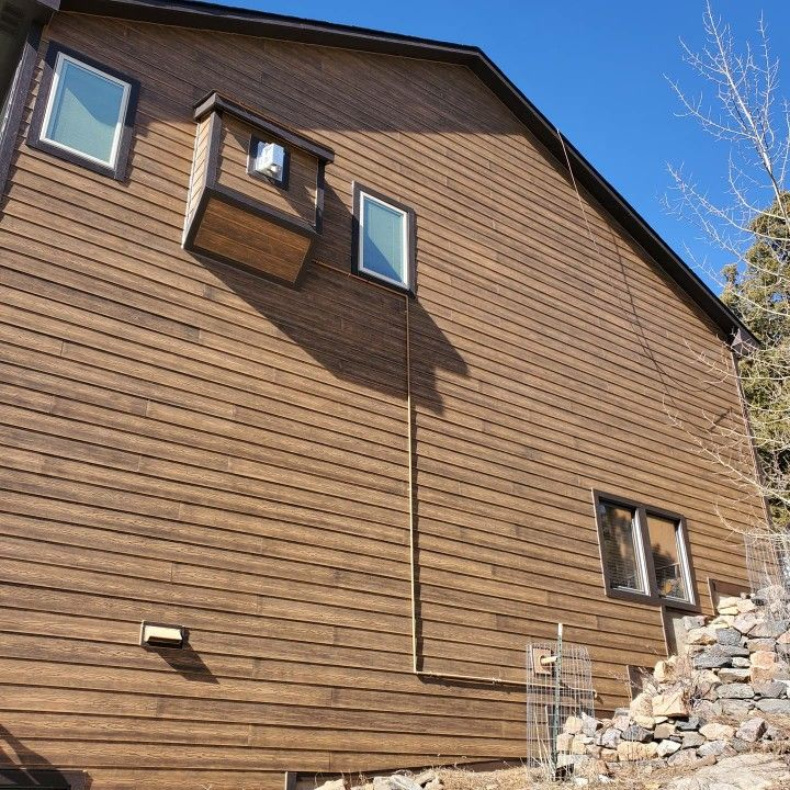 New Siding And Trim In Woodtone Rustic Series Products In 2020 James Hardie Siding Hardie Siding Hardie Shingle Siding