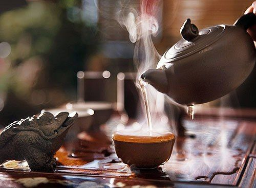 Beautiful tea in a Chinese way. I dream of a real Chinese tea ceremony...