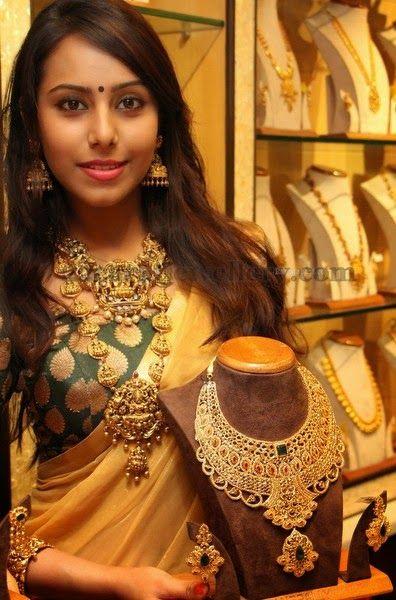 Jewellery Designs: Khenisha in Traditional Jewellery
