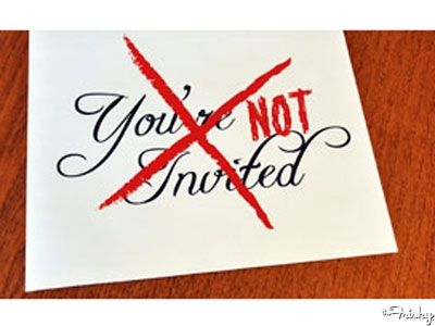 5 Ways To NOT Invite Guests Your Weddingby The Wedding Shoppe