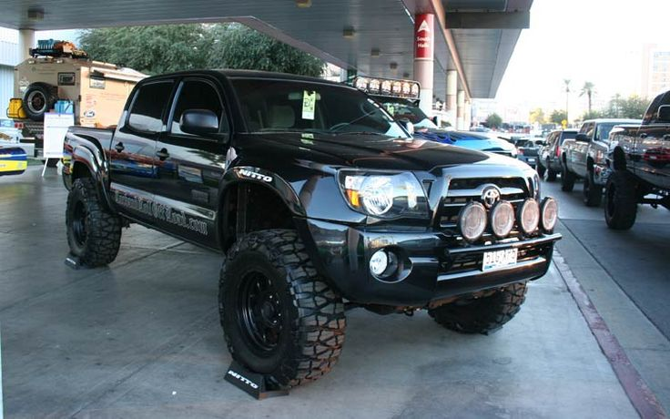 Toyota Tacoma Pre-Runner