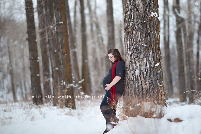 maternity photo winter | Winter Pregnancy Photography