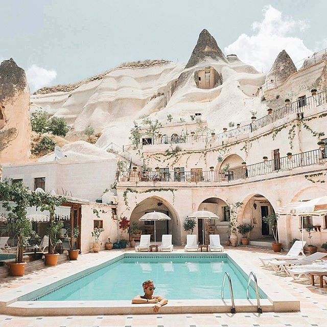 """discovercappadocia: """"A cave hotel in #カッパドキア """""""