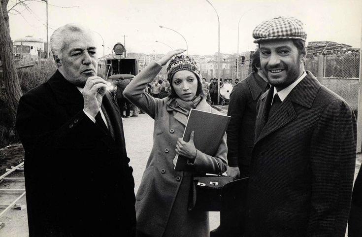 """Vittorio De Sica, Mariangela Melato e Nino Manfredi durante la lavorazione del film """"Lo chiameremo Andrea"""" del 1972"""