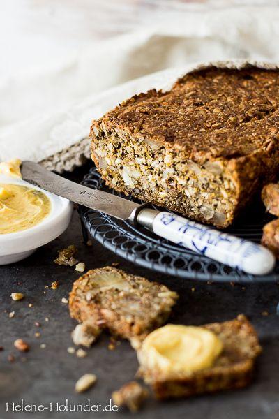 Brot ohne Mehl und Backtriebmittel,vegan, Helene Holunder