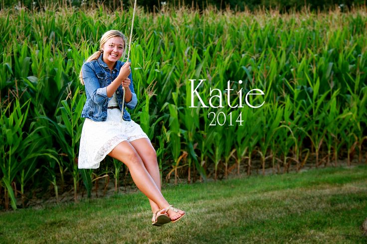 Senior picture midwest farm girl