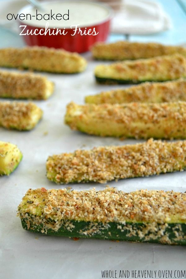 You won't believe that these crispy breaded zucchini fries are good for you. Zucchini has never been so tasty! | wholeandheavenlyoven.com #healthy #zucchini