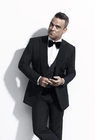 Robbie Williams....looking dapper!