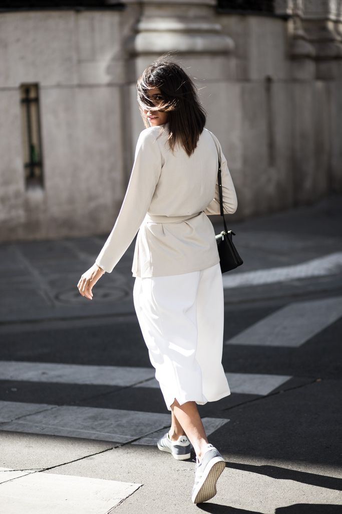 theadorabletwo_adidas_gazelle_blau_grau_max_and_co_blazer_zara_culotte_paris_streetstyle_fashion_week_celine_trio_bag_black