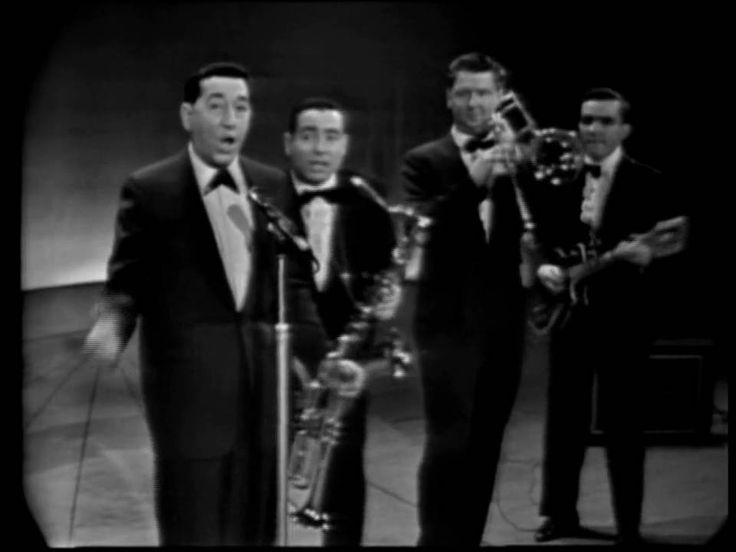 Louis Prima, Sam Butera and The Witnesses, with Gia Maione The King Of Clubs 2002 RE UP-adds