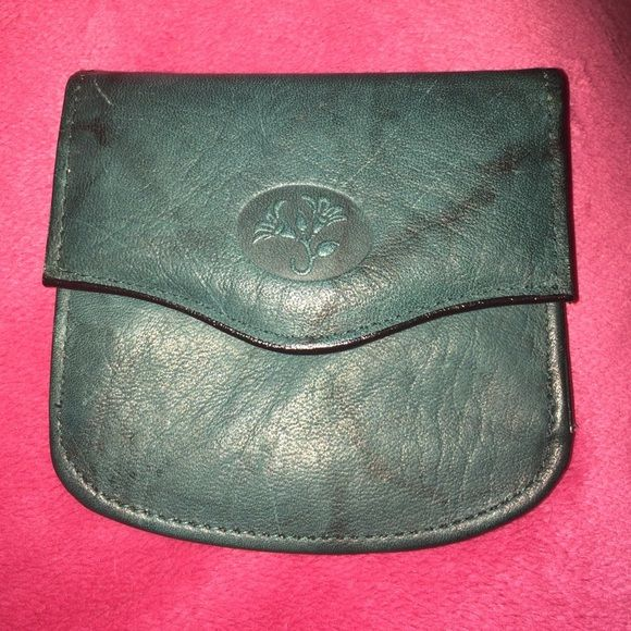 Vintage Buxton Wallet/Coinpurse Dark green, marbled wallet/Coinpurse with 2 snap closured compartments. One compartment has 2 slots for bills, the other compartment has two slots for coins. There is also a slit pocket on the backside. Made with Top Grain Cowhide. Never before used. Buxton Bags Wallets