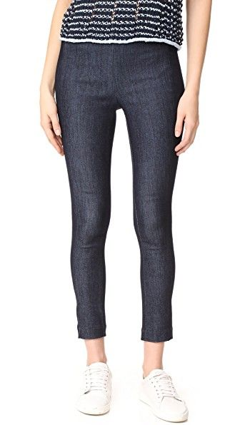 Get this RAG & BONE's high waist trousers now! Click for more details. Worldwide shipping. Rag & Bone Simone Denim Pants: These slim, high-rise Rag & Bone pants offer a dressy take on denim. Inset elastic waistband. Hidden back zip. Fabric: Stretch denim. 69% cotton/29% polyester/2% polyurethane. Wash cold. Made in the USA. Imported materials. Measurements Rise: 9.5in / 24cm Inseam: 26in / 66cm Leg opening: 10.25in / 26cm Measurements from size 4 (pantalón de cintura alta, talle alto, high…