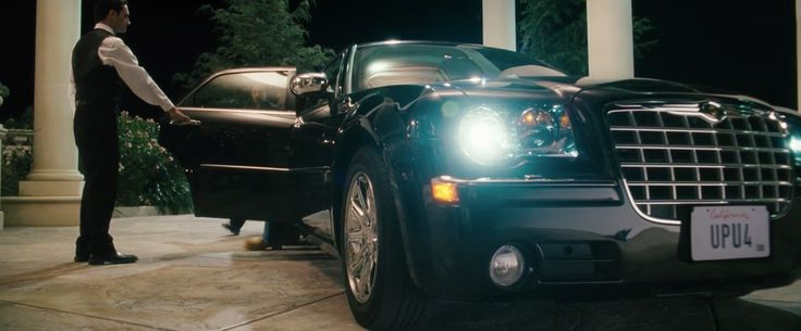 Chrysler 300 (2005) car in SOUTHLAND TALES (2006)