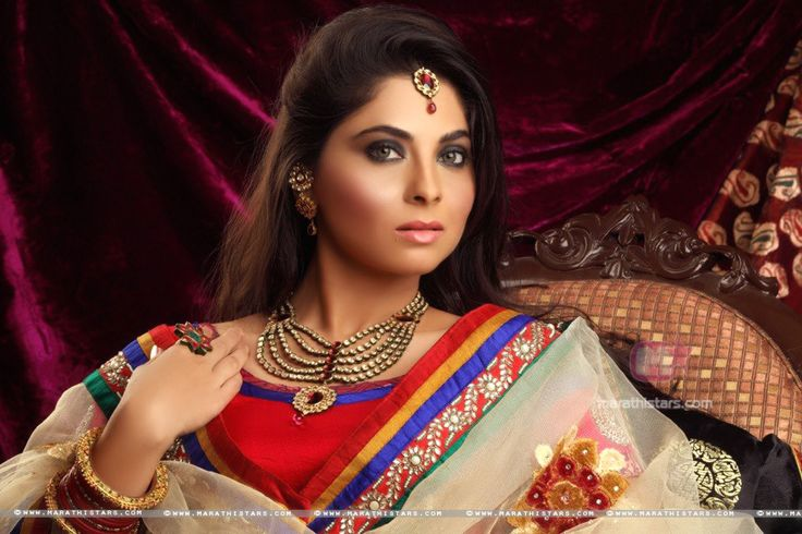 Sonalee Kulkarni Marathi Actress Photos Wallpapers, Biography. For more Go to - http://marathistars.com/?p=1169