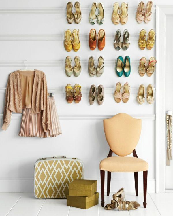 Unsere DIY Projekte dafür, wie man ein Schuhregal selber bauen kann, sind preisgünstig und mühelos zu basteln. Außerdem sind sie maßgefertigt und attraktiv