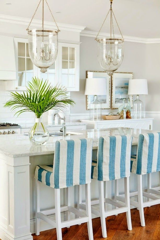 Beautiful and light sea side kitchen. http://www.moodaustralia.com.au/custom-made-cabinet-door-handles