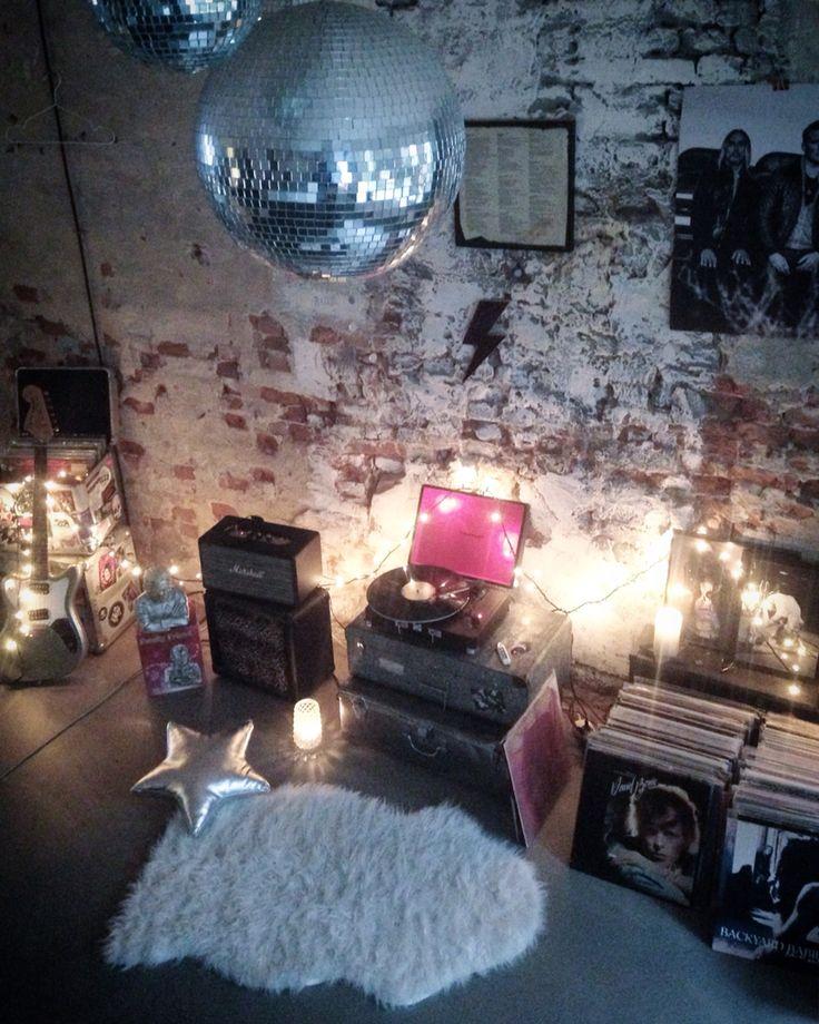 Santina Runaway Rock N 39 Roll Bubble Interior