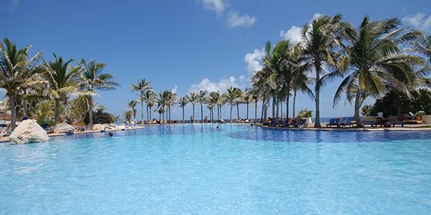 All-inclusive, 4 Nights with Air from $619 at Grand Oasis Cancun #CheapCaribbean #Beach #Vacation
