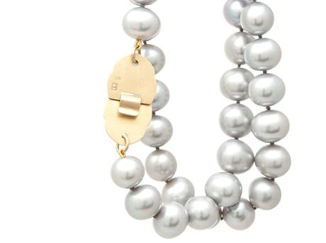 Kalypso pearl necklace Vikki Kassioras 18ct yellow gold, grey freshwater pearls Store - e.g.etal