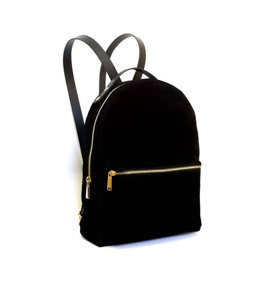 Backpack made of full grain leather and shammy leather  Closes on the zip  It has got regulated straps  Size: 32cm x 24cm x 13cm  It can be also made to order in size of 13 laptop  All products are handmade in our manufacture in Poland  Best material and quality