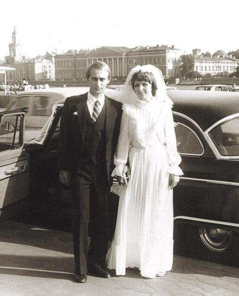 Людмила и Владимир Путин.1983
