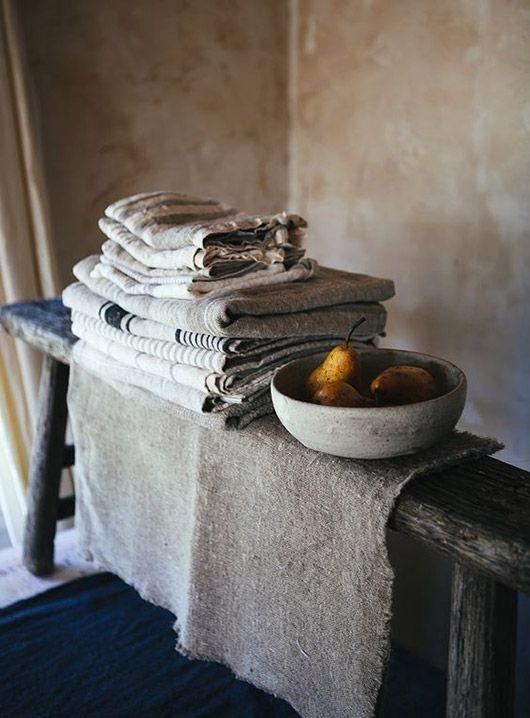 kitchen linens in minimalist rustic kitchen / sfgirlbybay