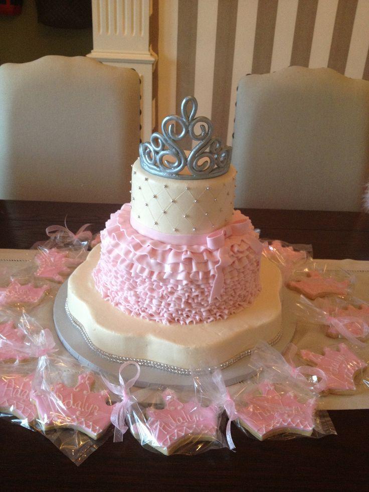 little princess's baby shower | Princess baby shower cake