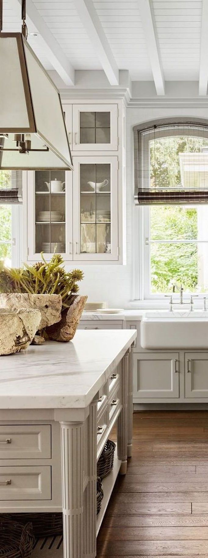 BECKI OWENS- 2017 Neutrals: Greige + Paint Guide gorgeous kitchen design