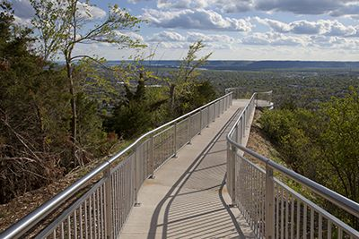 Grandad Bluff is the largest bluff in the La Crosse area and is well-known for its scenic overlook of La Crosse. In addition to enjoying the breath-taking view, you can explore several bluffside hiking trails.