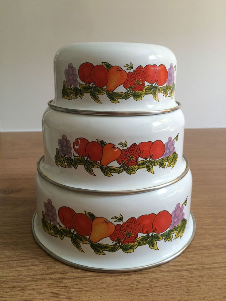 3 x Vintage White Metal Enamel Nesting Bowls - Fruit Print/ Pattern