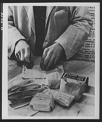 Rationing - shopkeeper portions rations 1943. Very fiddly!