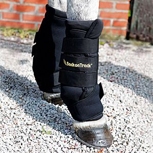 Back on Track Quick Wraps - Designed to reflect the horse's own body-warmth, it creates a soothing far infrared thermal heat, which can help alleviate pain associated with inflamed muscles, ligaments, tendons and joints. Used for both injury prevention as well as injury recovery. No liniment is needed.