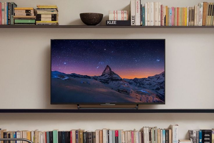 4K TVs have four times the resolution as full HD TVs. And, in 2016, they're more attainable than ever. Here are the best 4K TVs under $1000.