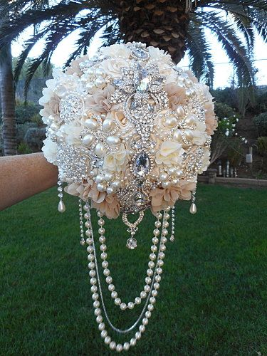 Custom 9 STUNNING CUSTOM JEWEL DRAPED BROOCH BOUQUET, Cascade Brooch Bouquet, Beige and Ivory Bouquet, Wedding Bouquet, Draping Pearl Bouquet, Vintage Glam Bouquet, Rustic Bouquet, Handmade Bouquet, Bridal Bouquet - $550.00 (Full Price) FULL PRICE- 9 = $550.00 USD - DEPOSIT = Paid