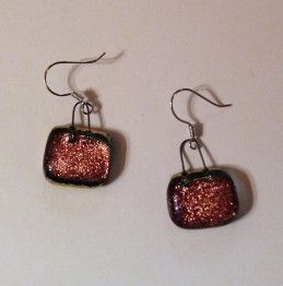 Precious pink earrings