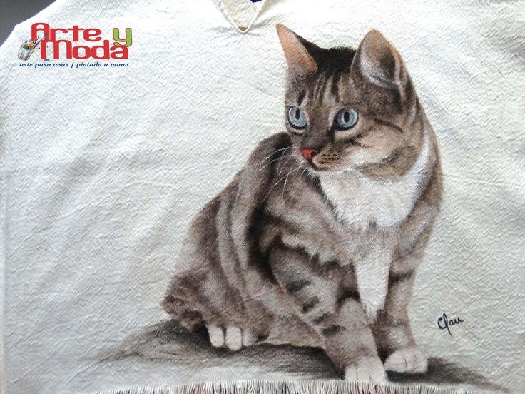 Poncho pintado a mano / painted by hand Gata pintada