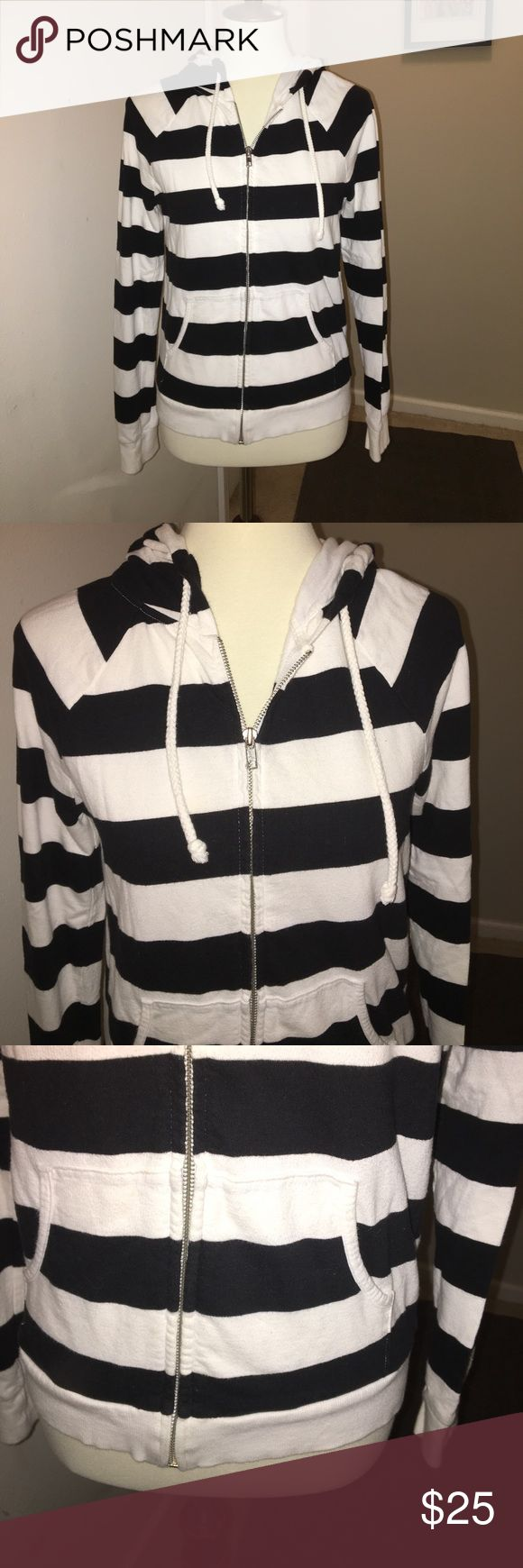 Forever 21 • Striped zip up hoodie w front pockets Cute zip up hoodie with lined good and unlined body. No major issues. Light to no pilling, back of hood is not as bright white as original but the rest is in great condition when it comes to fabric and color. Metal zipper, and hood has pulls on each side. Forever 21 Tops Sweatshirts & Hoodies