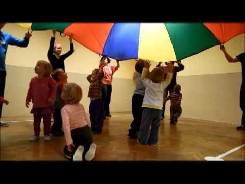 Hravé cviční pro rodiče a děti - Podolí - YouTube