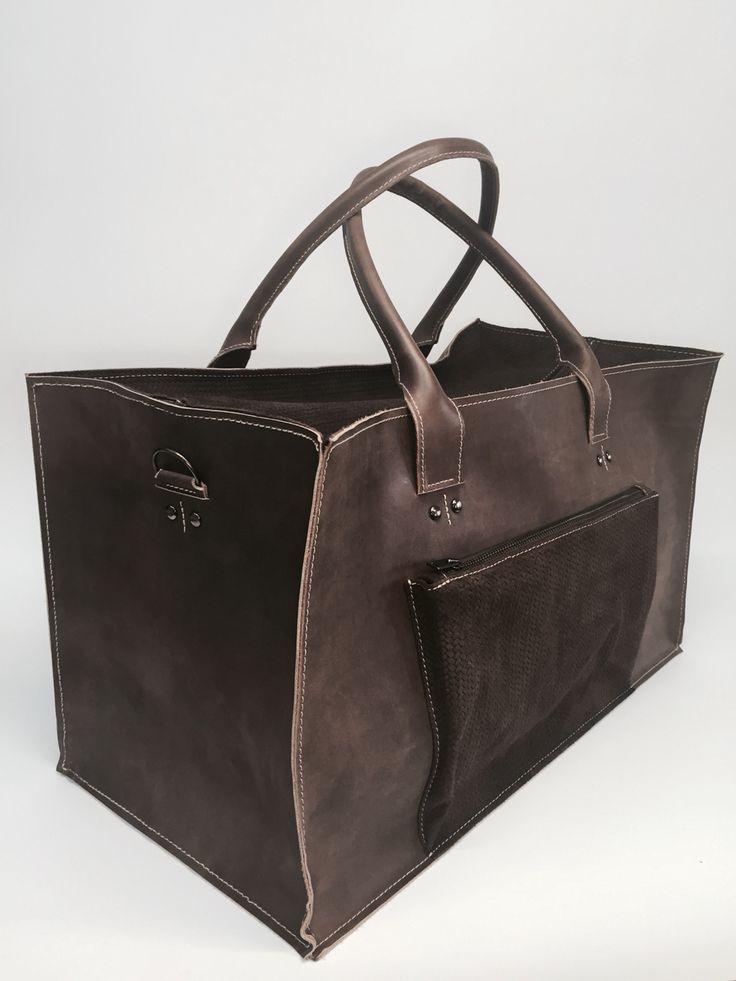 Leather hand crafted travelbag  Sasha Crafts