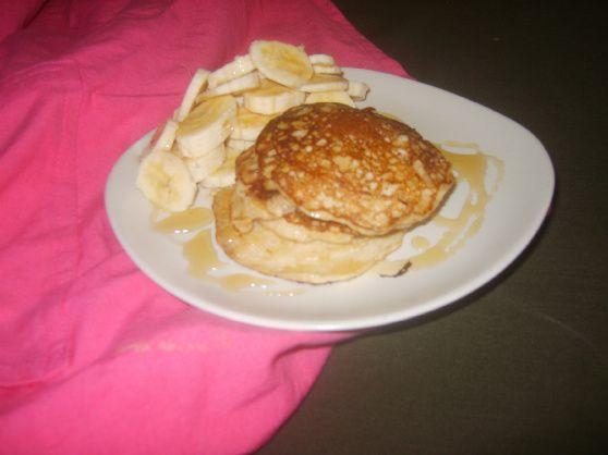 You people need to make: Magic Oaty Pancakes | MiniMins.com
