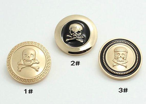 6 stuks 0,59 ~ 0.98 inch High-grade Fashion mat goud + zwarte schedel metalen schacht knoppen voor past jassen